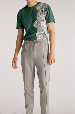 Pleat Front Drawstring Sweatpants